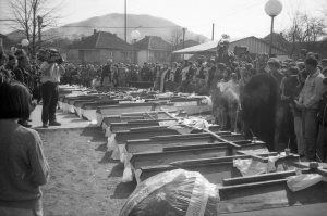 Sahrana stradalih Kravice u Baruncu