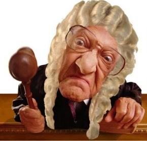 Док траје потпуни хаос у српском правосуђу, поједине судије и тужиоци живе као у златно добаРима…