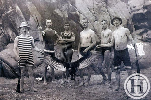 Austria-black-vulture1- gay Austrian-Slovenian men